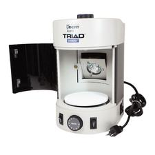 Triad® 2000™ Light Curing Unit